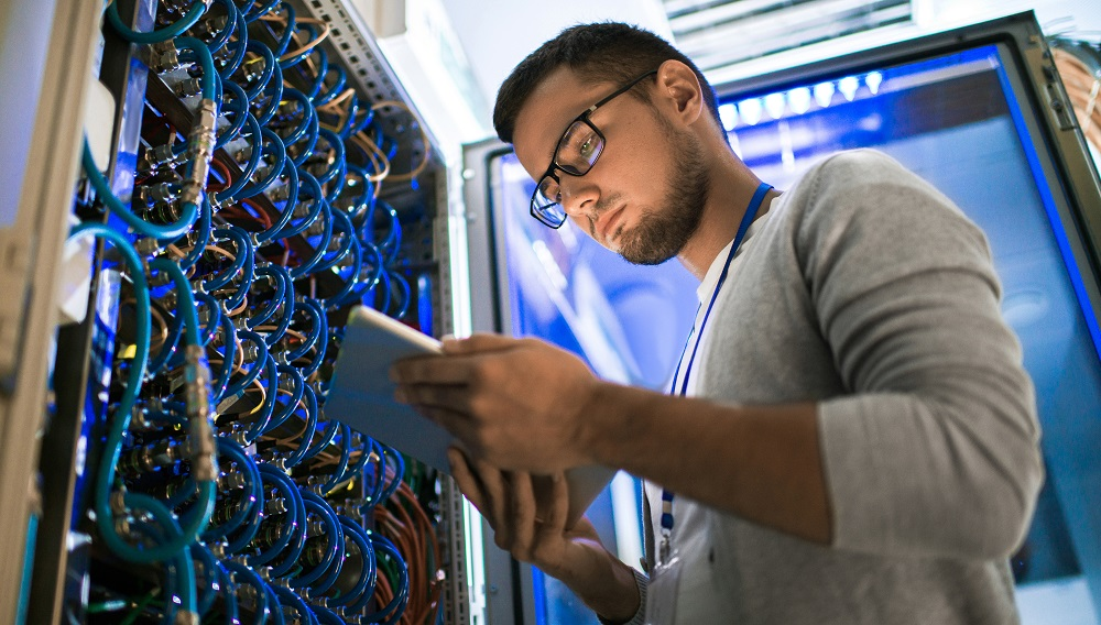 The Service Desk: How to Manage AV Technology on IT Networks