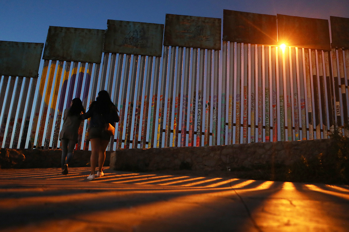 Appeals court lifts block on $3.6 billion for Trump border wall plan