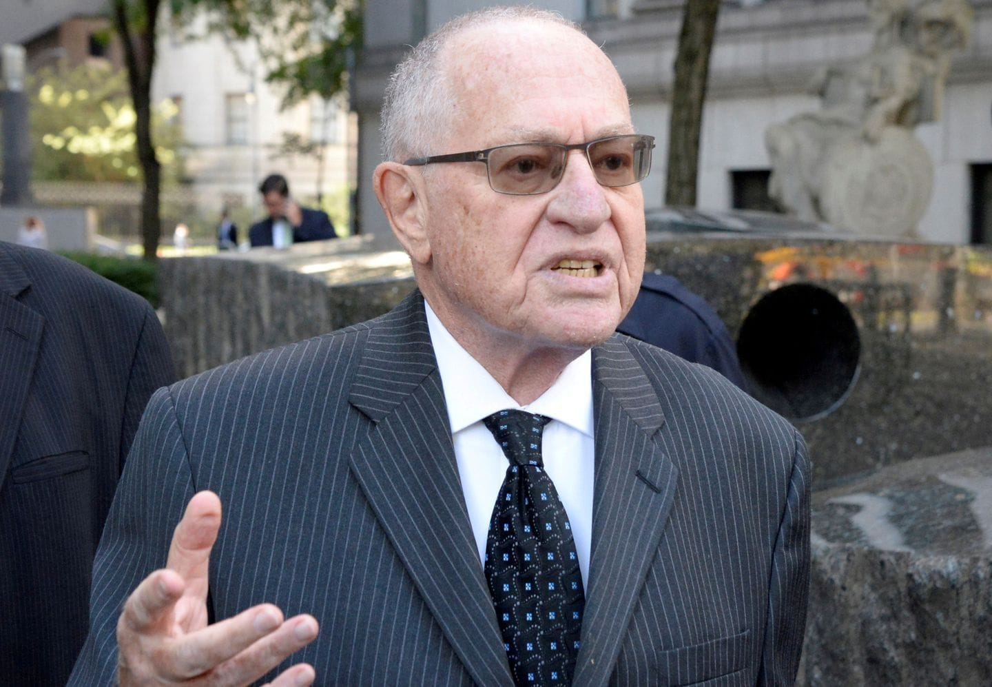 Dershowitz distances himself from White House response to Democrats' impeachment charges