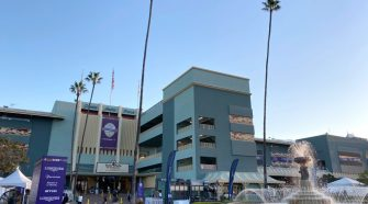Horse euthanized after breaking down in race at Santa Anita – San Gabriel Valley Tribune