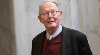 Lamar Alexander says he will announce decision on witnesses vote Thursday night
