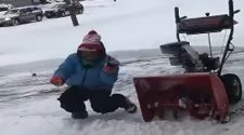 video: Minnesota teen takes break from clearing snow to show off dance moves