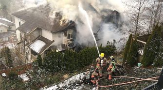 Chilliwack fire crews battle townhouse fire on Promontory – Chilliwack Progress