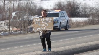 Protesters set up beside Vernon highway – Kelowna Capital News