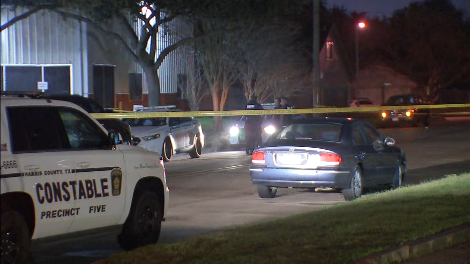 Auto parts store owner shoots burglar during break-in attempt in west Harris County