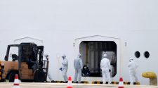 Coronavirus Live Updates: Japanese Official Tests Positive After Visit to Cruise Ship