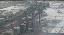 I-25 northbound closed for deadly crash between Monument and Castle Rock