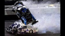 Ryan Newman hospitalized after terrifying crash at Daytona 500 - CBS News