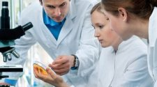 e-therapeutics PLC offers up its rapid screening technology in quest to find COVID-19 vaccine