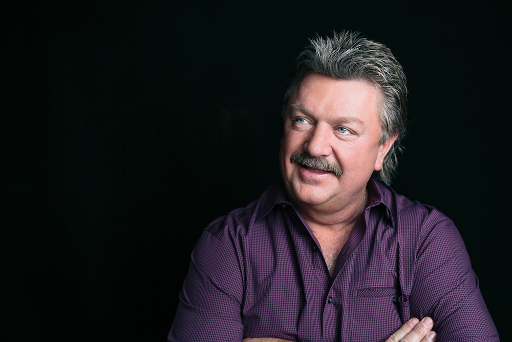 Joe Diffie Dies At 61 From Complications From Coronavirus :