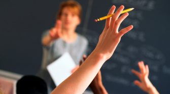 Catholic schools break ranks with Australian government advice and call for closures