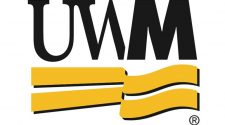 UW-Milwaukee extends spring break to prepare moving majority of classes online