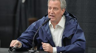 NYC to hire 1,000 health workers in May to trace cases, Mayor de Blasio says