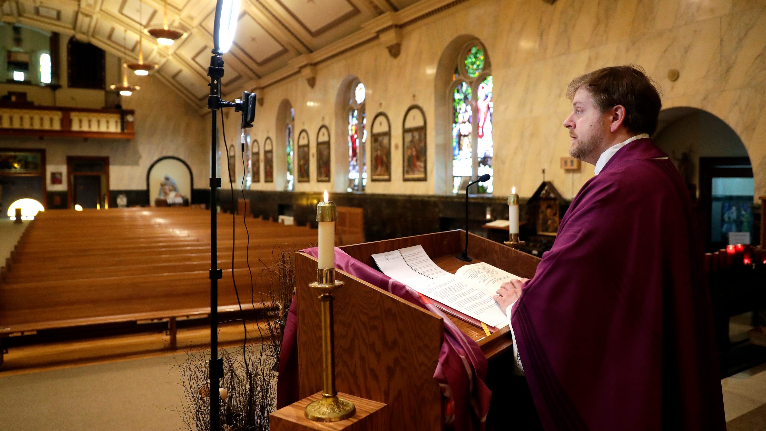 Technology helps churches stay connected, celebrate Easter during coronavirus