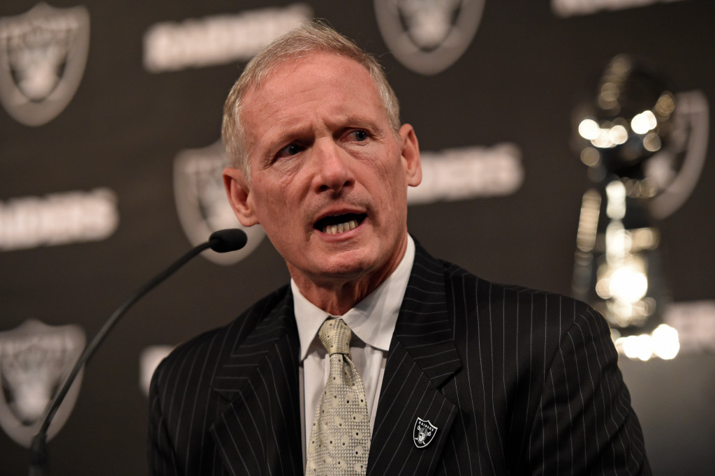 Raiders GM Mike Mayock gets technology lesson prior to draft