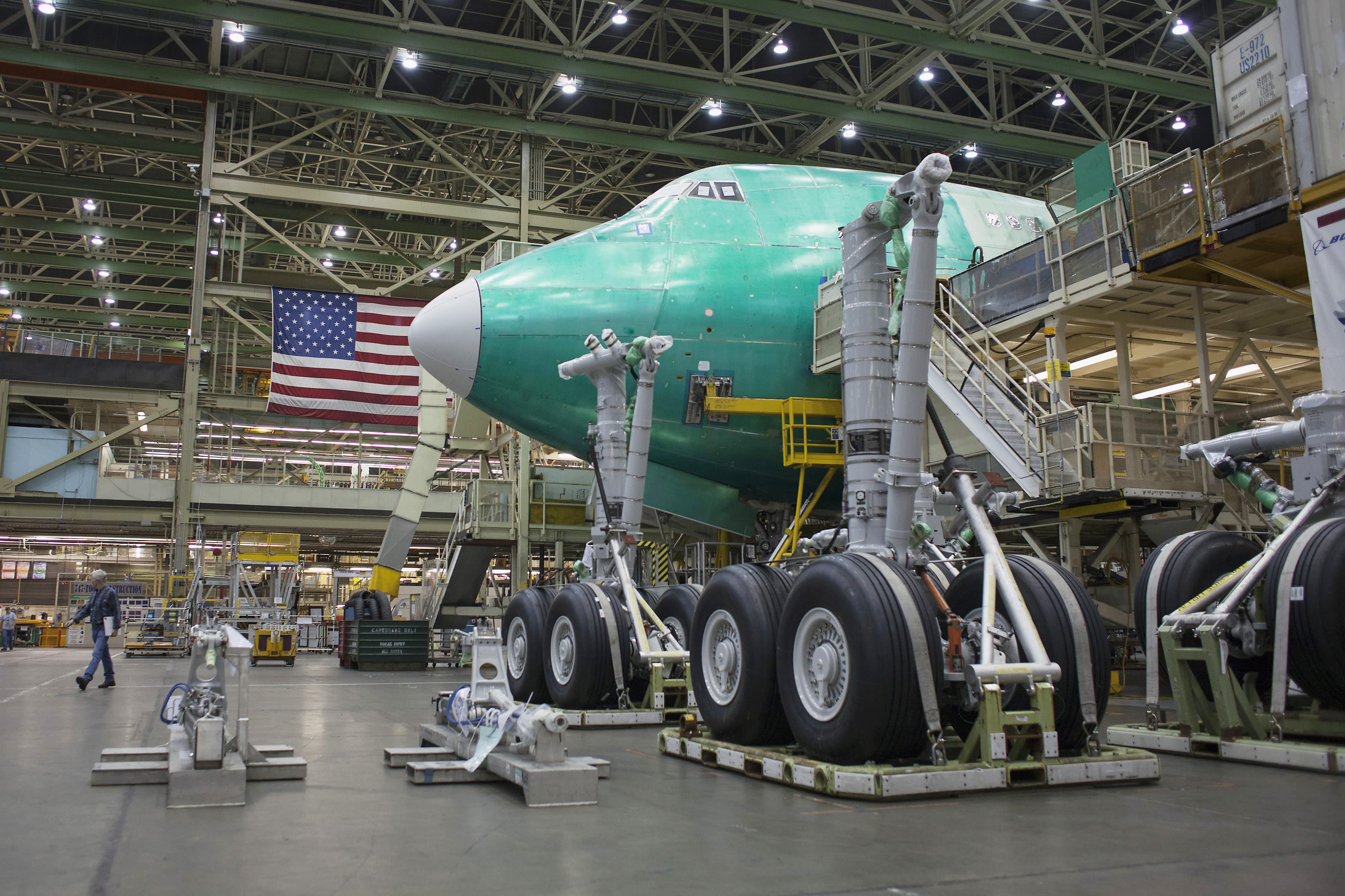 Boeing extends Seattle-area production shutdown until further notice amid coronavirus pandemic