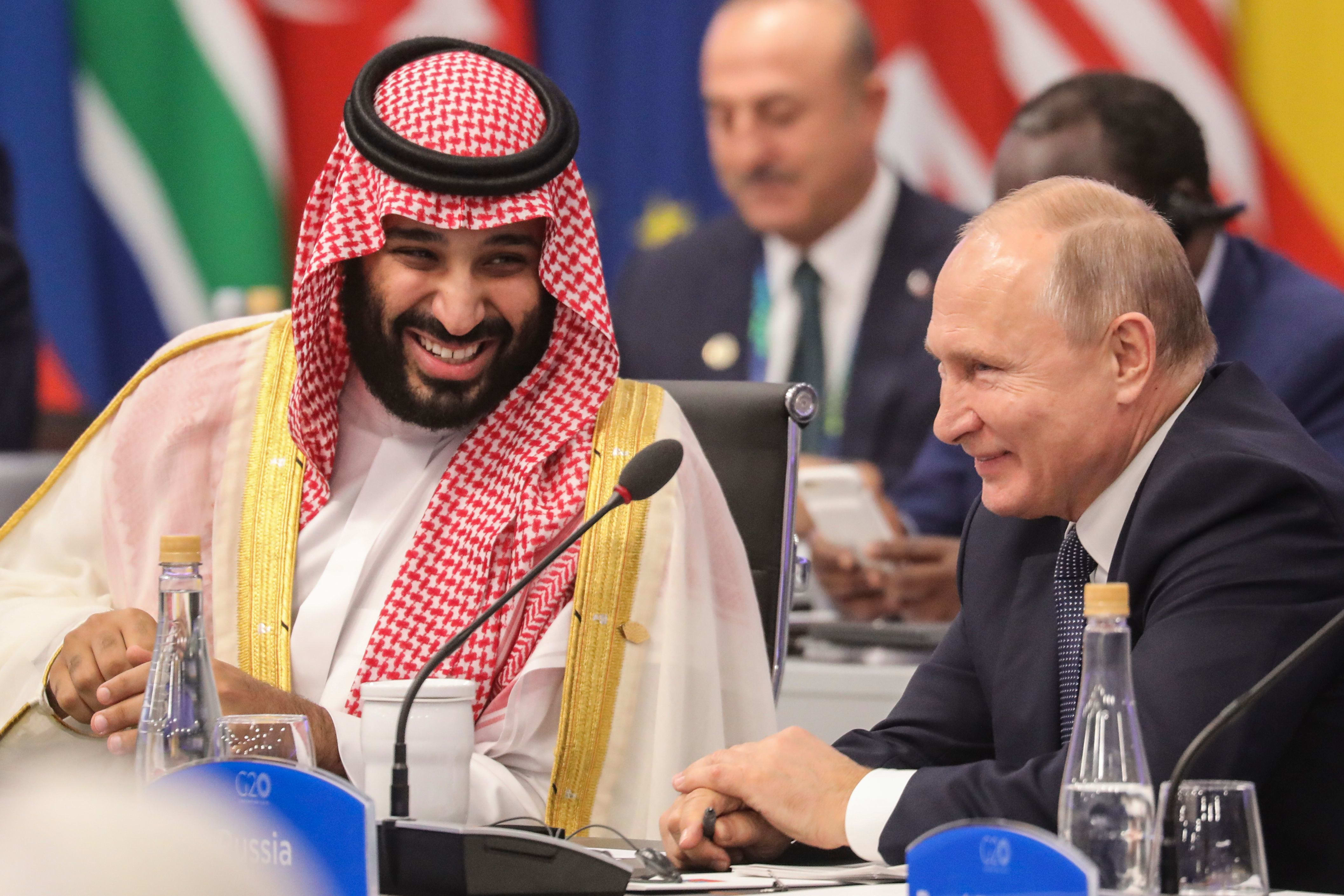 Trump says he spoke to Putin, MBS and expects a 10 million barrel cut