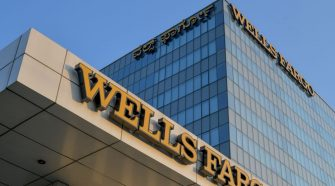Wells Fargo Gives Advisors a Break on New Pay Policy