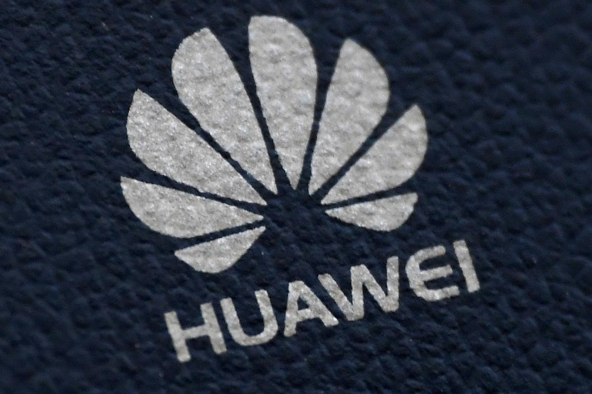 Exclusive: U.S. moves to cut Huawei off from global chip suppliers