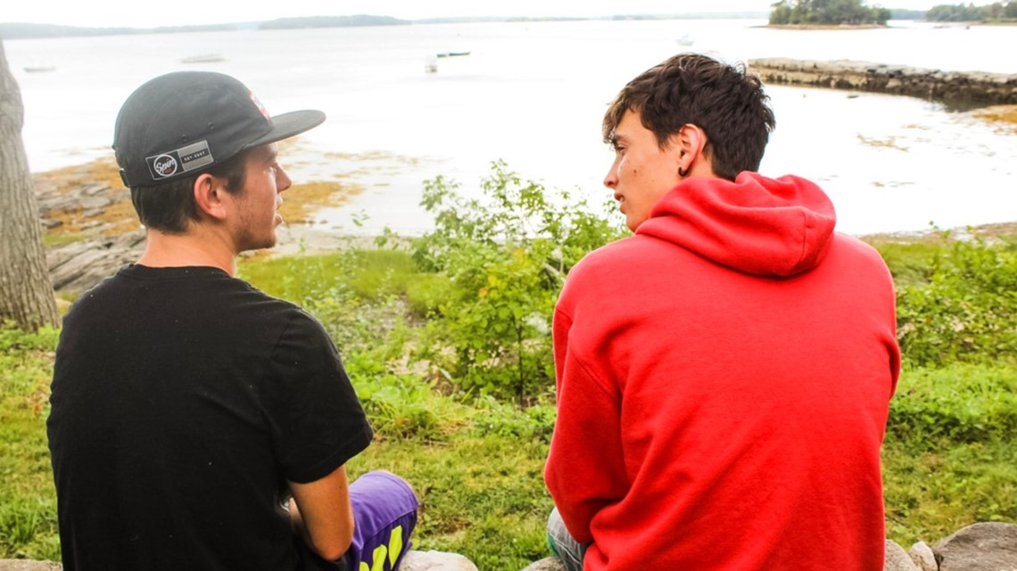 Teen program in Maine teaches connection without technology