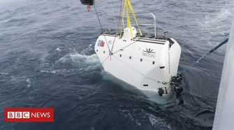Mariana Trench: Don Walsh's son repeats historic ocean dive