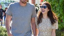 Emma Roberts Is Pregnant, Expecting First Child With Garrett Hedlund: Report