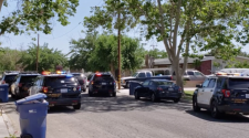 Sheriff's deputies fatally shoot Rosamond man at home