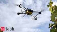 Agriculture ministry eyes drones to fight off locusts swarms, Technology News, ETtech