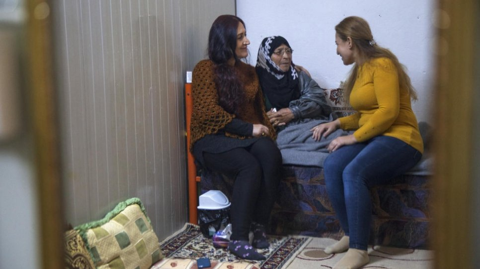 UNHCR- Refugees deliver mental health services to locked down camps in Iraq