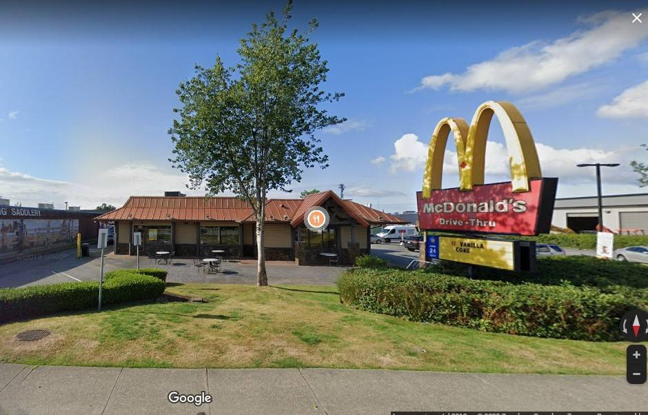 Cloverdale McDonald's employee tests positive for COVID-19 – Peace Arch News