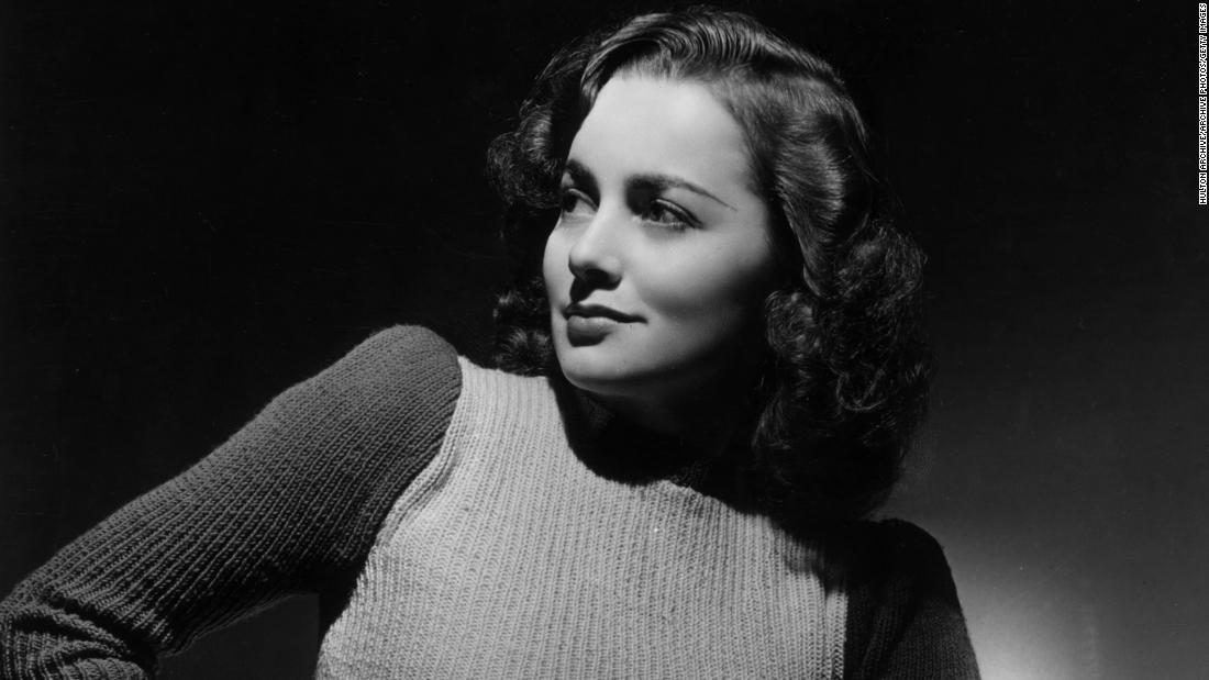 On and off screen, Olivia de Havilland exhibited grit and grace