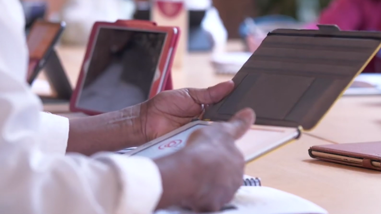 New classes available for seniors learning technology