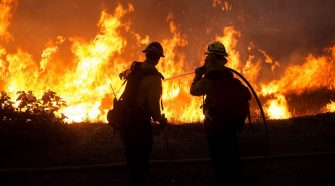 Southern California wildfire spreads amid scorching temperatures, forces evacuations