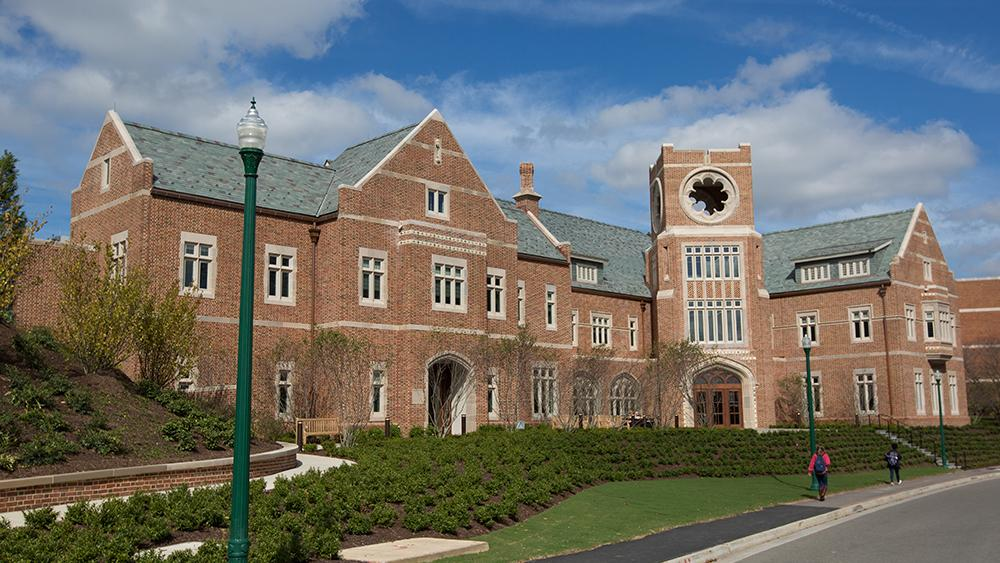 University of Richmond reopens campus; health and safety measures in place as students move in, faculty and staff return