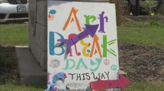 "Celebrating ""Art Break Day"" in St. Andrews 