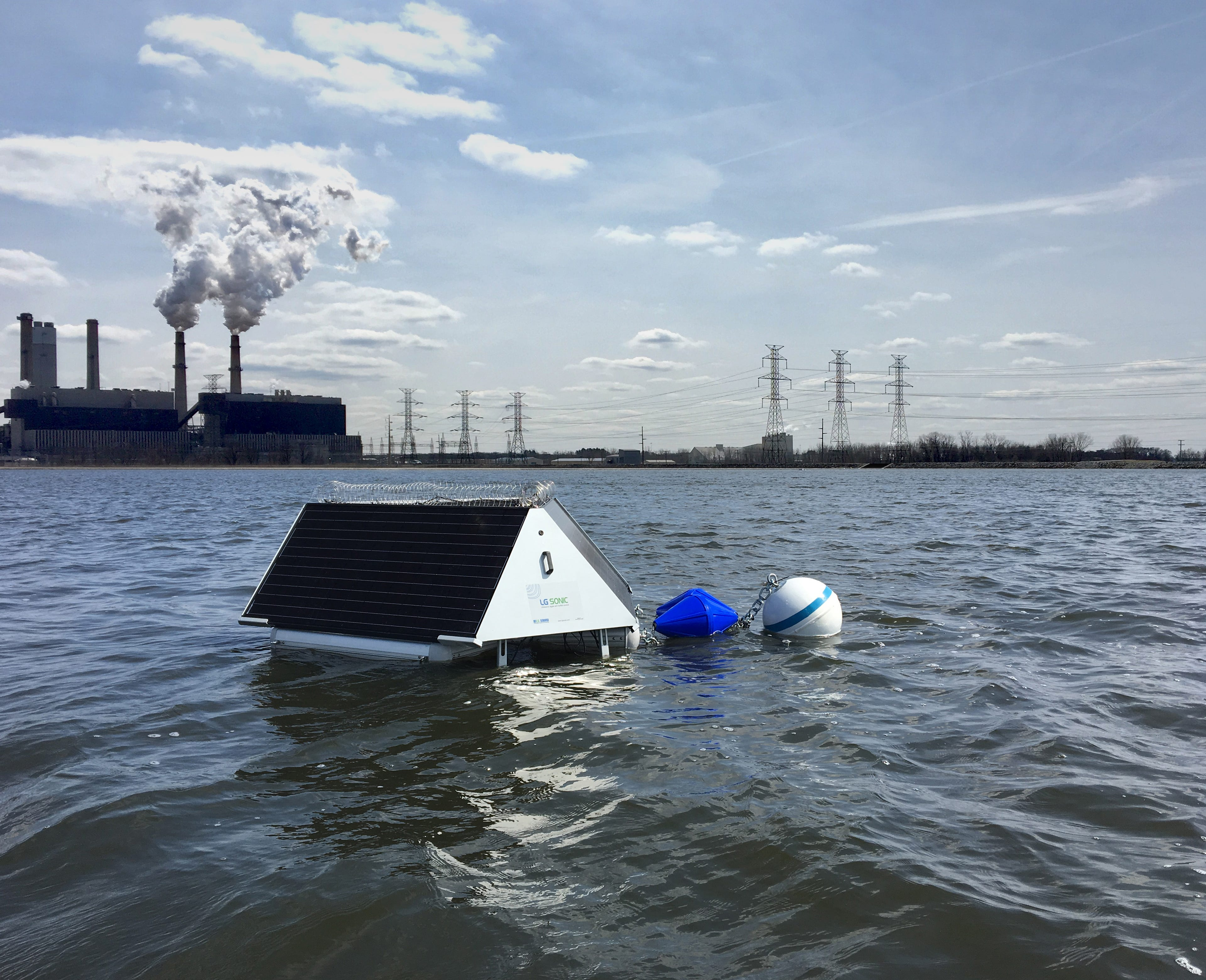 The Everglades Wetland Research Park will deploy the MPC buoy system in Naples. The solar-powered buoys will be tethered in nine lakes throughout the Treviso Bay Naples community.