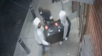 Detroit Police Seek Breaking And Entering Suspects – CBS Detroit