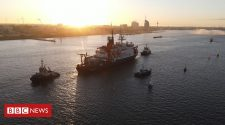 German ship completes historic Arctic expedition