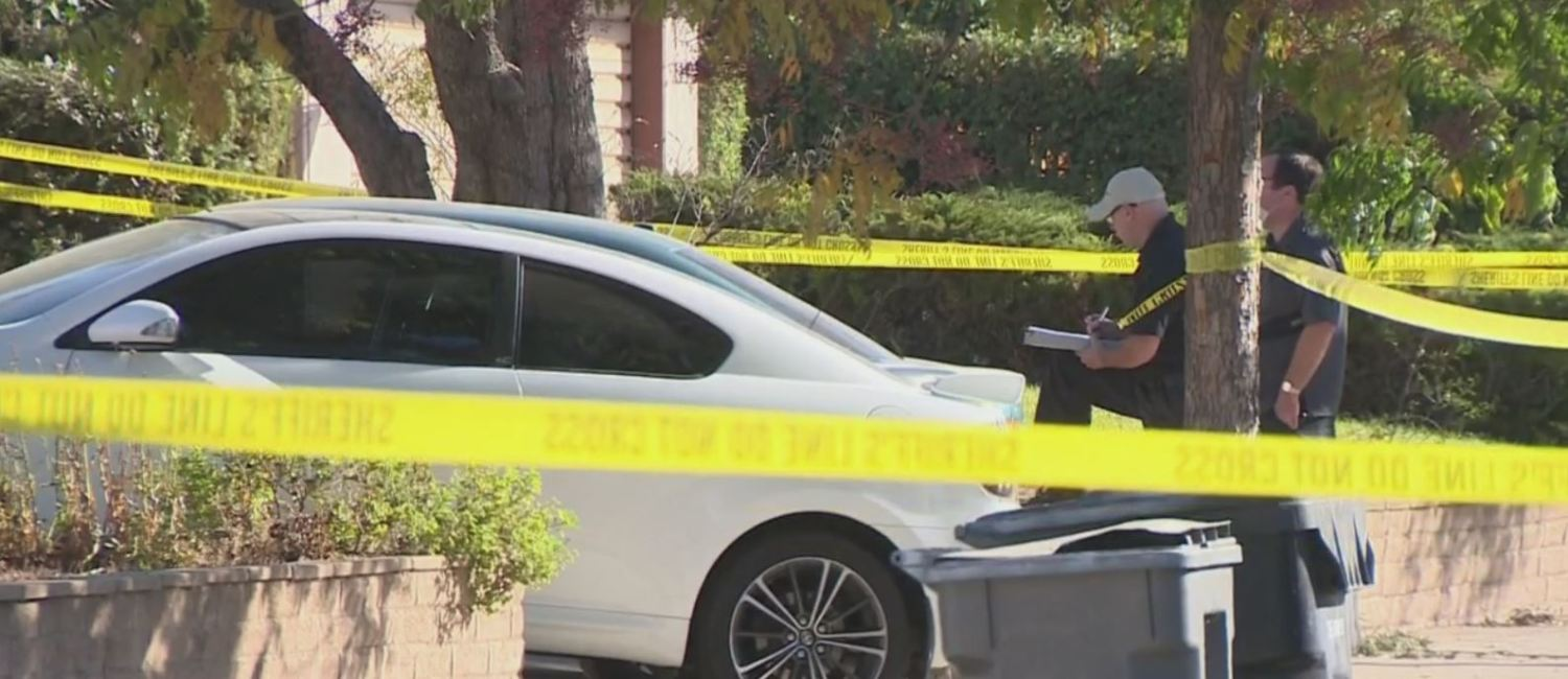 Man Stabbed To Death After Breaking Into San Dimas Home – CBS Los Angeles