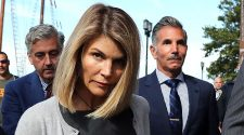 Lori Loughlin begins 2 months in prison