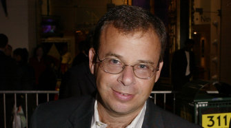 Actor Rick Moranis Victim Of Unprovoked Attack Caught On Camera In Manhattan – CBS New York