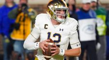 College football scores, NCAA top 25 rankings, schedule, games today: Notre Dame in action, Penn State opens