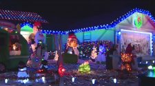 County Health Department Cracking Down On Crowds At Dovewood Court Ahead Of Holiday Season – CBS Sacramento