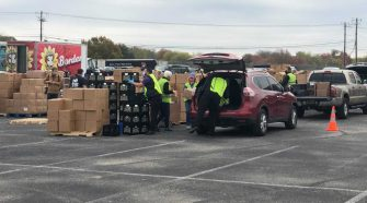 Austin ISD, Sen. Cornyn give meals to families for Thanksgiving break