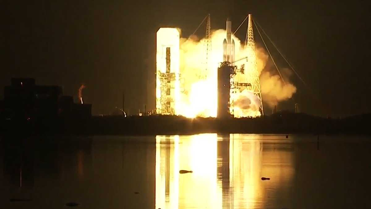 Delta IV Heavy launch from Cape Canaveral