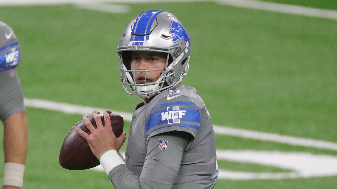 Detroit Lions' Matthew Stafford injures ankle in 1st quarter vs. Bucs