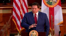 Gov. Ron DeSantis 'Ordered Public Health Officials Not To Discuss The COVID-19 Virus With The Public' – CBS Miami