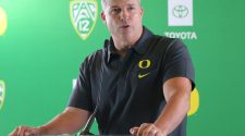 What Mario Cristobal said about Oregon facing USC in Pac-12 Championship game, Auburn rumors