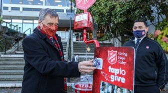 Salvation Army adopts new technology to help fill kettles this season