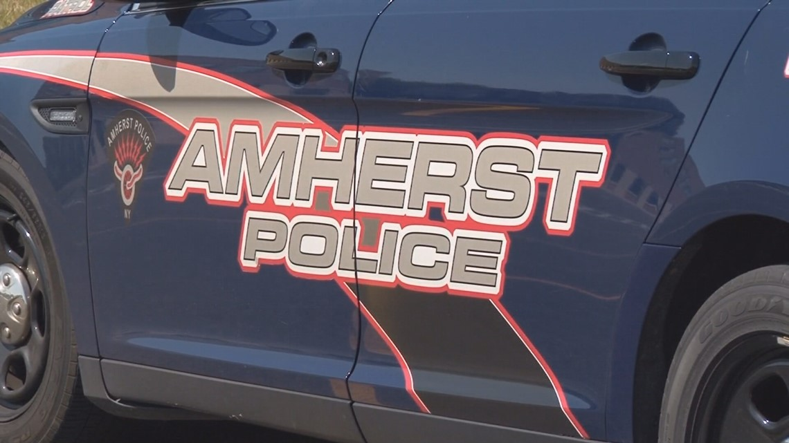 Buffalo man arrested for reportedly breaking into cars in Amherst